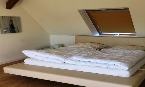 ... einem Doppelbett